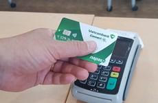 Vietcombank tiên phong triển khai thẻ chip nội địa Connect 24
