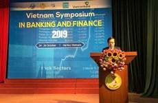 Diễn đàn ngân hàng tài chính thu hút hơn 120 nhà khoa học quốc tế