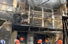 [Photo] Hiện trường vụ nổ bình gas ở phố Bùi Ngọc Dương