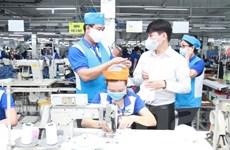 Hỗ trợ 4,3 triệu USD cho May 10 sản xuất đồ bảo hộ cá nhân chống dịch