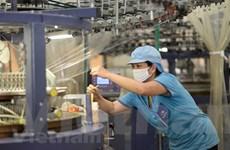 Bất chấp dịch, Việt Nam là nước duy nhất trong ASEAN tăng trưởng dương