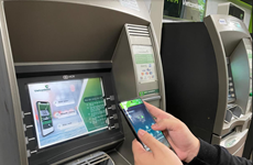 Rút tiền mặt bằng mã QR trên máy ATM tại ngân hàng Vietcombank