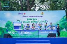 BIDV tổ chức giải chạy hưởng ứng chương trình 1 tỷ cây xanh