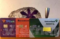 Xem xét miễn giảm lãi, phí cho chủ thẻ tín dụng khó khăn vì COVID-19