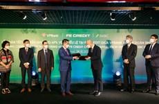 VPBank hoàn tất bán 49% vốn điều lệ tại FE Credit cho SMBC Group