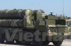 Kazakhstan mua tên lửa S-300 của Nga
