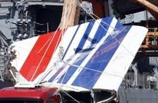 Thấy thêm mảnh vỡ máy bay của Air France