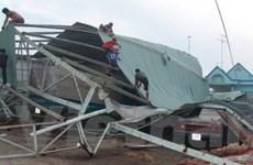 Tỉnh An Giang giúp đỡ người dân sau mưa lốc