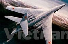 Máy bay Nga tập trận bắn tên lửa có cánh