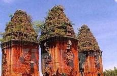Phát hiện hơn 700 hiện vật tại tháp Dương Long