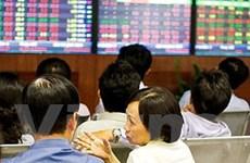Tiền đổ vào cổ phiếu, VN-Index tiếp tục lên