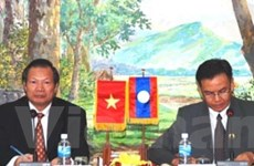 Giám sát thực hiện thỏa thuận hợp tác Việt-Lào