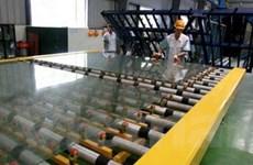 Tháo gỡ khó khăn cho ngành sản xuất kính