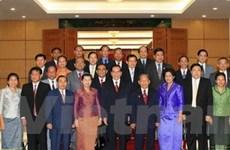 Tổng Bí thư tiếp các phái đoàn Lào, Campuchia