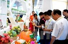 Sáu nước ASEAN ký kết 3 hiệp định thương mại