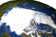 """Cuộc chiến ở Bắc Cực lại """"nóng"""" lên"""