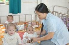 Chia sẻ kinh nghiệm chăm sóc bà mẹ và trẻ em