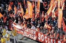 Công nhân Pháp lại xuống đường biểu tình