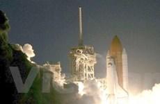 Tàu con thoi Discovery bắt đầu sứ mệnh lên ISS
