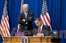 Tổng thống Obama ký gói kích thích kinh tế 787 tỷ USD