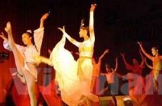 Vũ kịch Ngọc trai đỏ - 10 năm vẫn lung linh