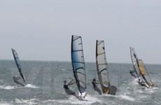 Sôi động giải lướt ván buồm tại Bình Thuận