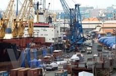 Không để tàu, hàng ùn tắc tại cảng Sài Gòn