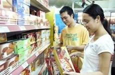 TP HCM: Siêu thị giảm giá hàng Tết 50%