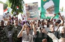 Sudan trục xuất 10 tổ chức cứu trợ quốc tế