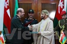 Iran-Oman ký thỏa thuận tăng cường hợp tác quân sự