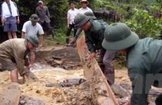 Quân đội giúp dân khắc phục hậu quả mưa lũ