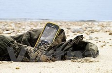 """Nokia 3720 - """"Bom tấn"""" nồi đồng cối đá sắp ra mắt"""