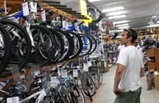Doanh số bán lẻ tại Mỹ bất ngờ suy giảm