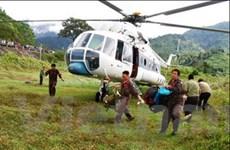 Dùng trực thăng cứu 18 người bị cô lập do lũ