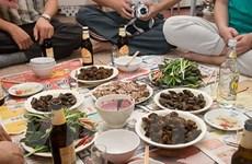 Ninh Bình: Đón Trung Thu bằng... thịt chó, thịt dê