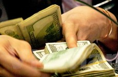 Ngân hàng tiếp tục tăng lãi suất huy động USD