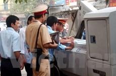 Báo động sai phạm trong vận tải taxi tại Hà Nội