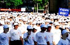 TP.HCM: 10.000 người đi bộ vì người nghèo