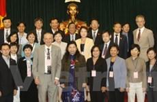 Phó Chủ tịch Quốc hội tiếp các nhà khoa học quốc tế