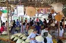 Thừa Thiên-Huế kết nối tour du lịch với làng nghề