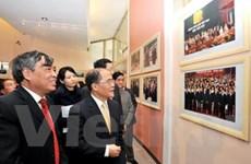 """Khai mạc triển lãm ảnh """"60 năm hữu nghị Việt-Trung"""""""