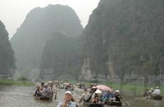 Đầu năm hành hương về đất Phật chùa Hương