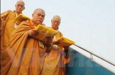 Cung nghinh Ngọc Xá lợi Phật tại sân bay Nội Bài