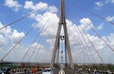Khẩn trương khắc phục bất cập trên cầu Cần Thơ