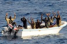 """Cướp biển Somalia đang tái đầu tư khoản """"tiền bẩn"""""""