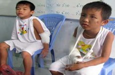 Xử lý gấp vụ 4 trẻ trốn khỏi nhà mở vì bị đánh đập