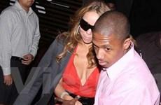 Ca sĩ Mariah Carey chờ đón cặp sinh đôi chào đời