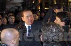 Thủ tướng Italy ghép xương hàm và trồng lại răng