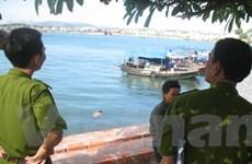 Quảng Ninh: 1 nam giới nhảy cầu Bãi Cháy tự vẫn