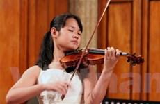 Tài năng violin trẻ 13 tuổi sẽ biểu diễn xuyên Việt